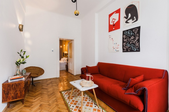 Autor Rooms wprowadza do swoich wnętrz meble i dekoracje od Patyny Styl życia, LIFESTYLE - Patyna nawiązuje współpracę z Autor Rooms, warszawskim konceptem nominowanym przez Wallpaper do tytułu Najpiękniejszego Hotelu 2016 roku. Do wystroju wnętrz unikalnego hotelu wprowadzono meble i dekoracje vintage, wyselekcjonowane spośród klasycznych dzieł polskich projektantów.