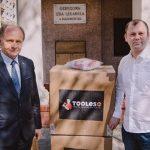 Tooles wspiera lekarzy w walce z koronawirusem